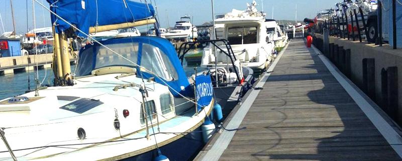 Tidal pontoon berths